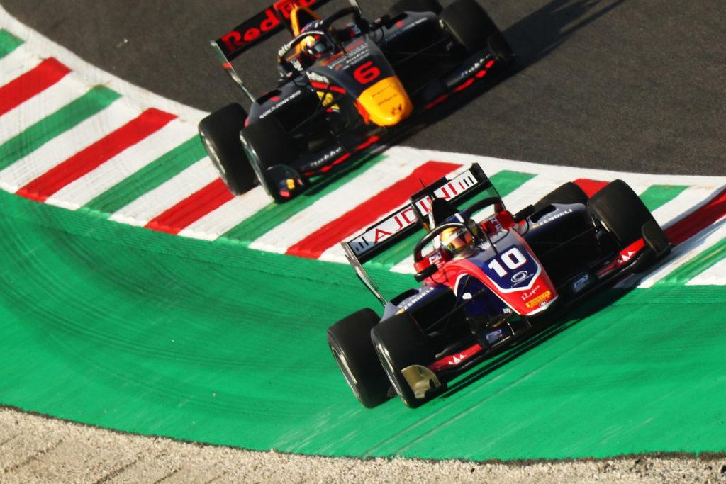 FIA F3 | Mugello, Qualifiche: Zendeli sale di nuovo in cattedra, Sargeant è 2°