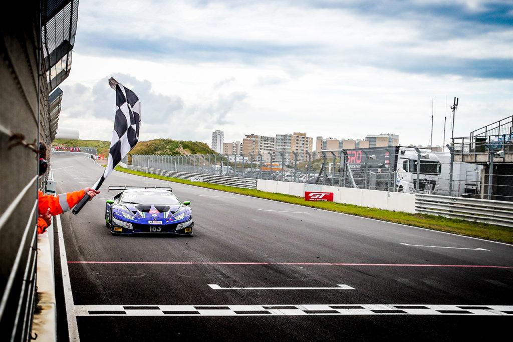 GTWC Europe | Zandvoort, Gara 2: Weerts-Vanthoor penalizzati, vittoria di Altoè-Costa su Lamborghini