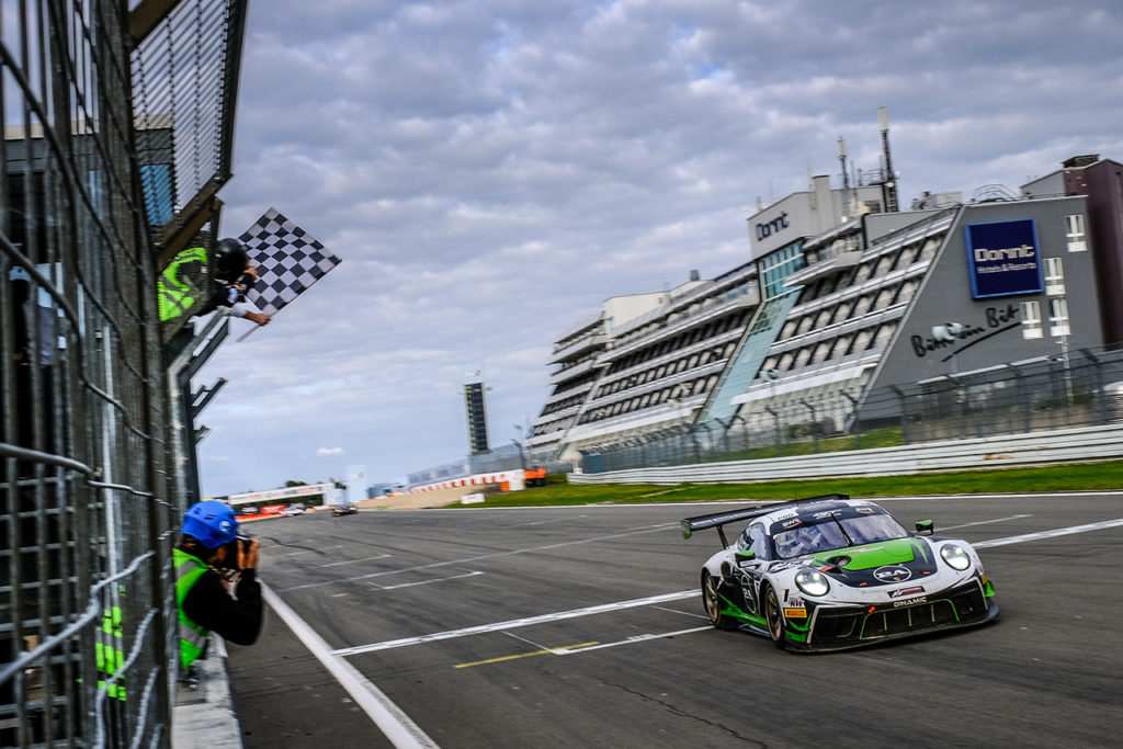 GTWC Europe | 6 Ore del Nurburgring, Gara: dominio della Porsche di Dinamic