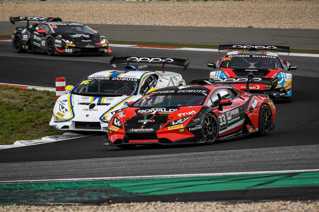 Lamborghini Super Trofeo | Stoneman-Galbiati firmano Gara 1 al Nurburgring, Gara 2 a Di-Folco-Rossel