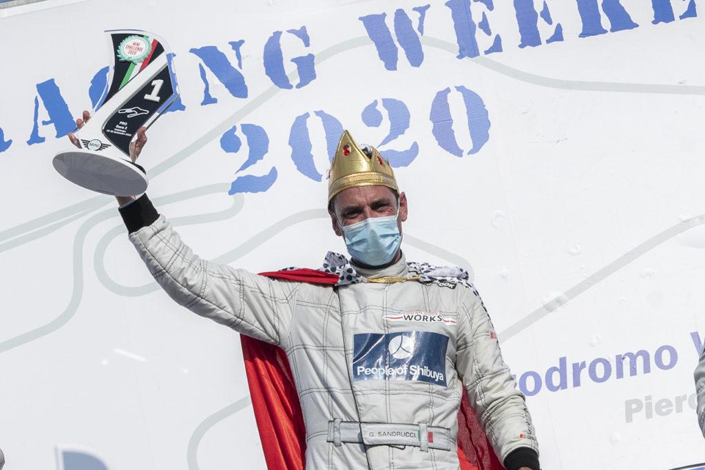 MINI Challenge | Vallelunga, Gara 1 e 2: terzo titolo consecutivo per Sandrucci
