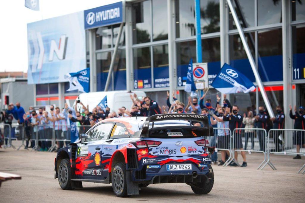 WRC | Rally Italia Sardegna, Hyundai multata per una parte sottopeso della i20 di Sordo