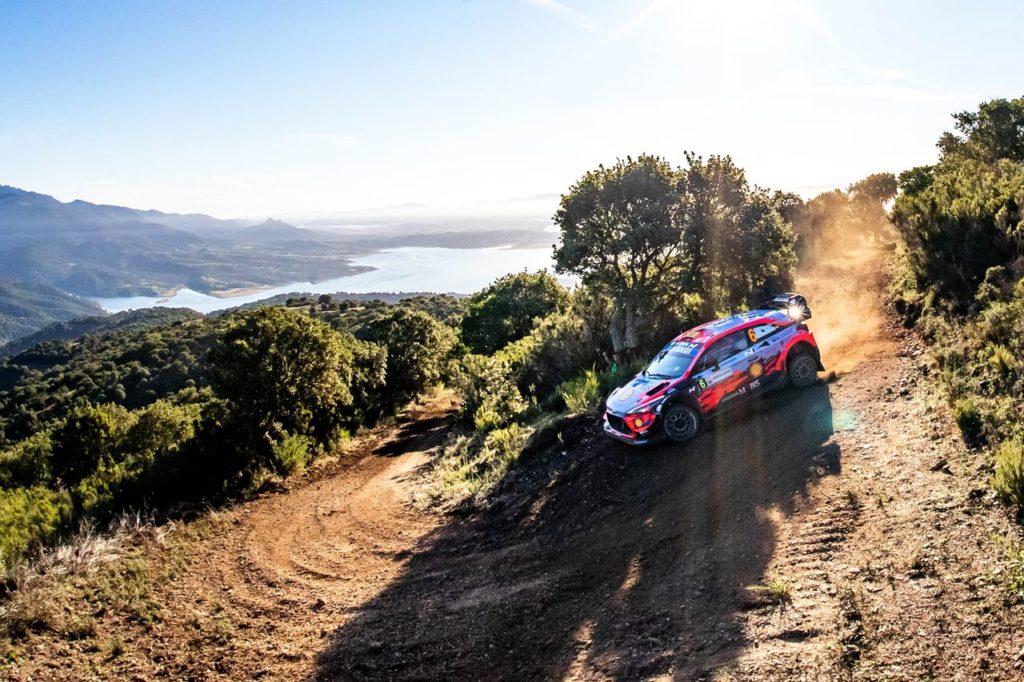 WRC | Rally Italia Sardegna 2020, seconda mattinata: Sordo continua a dominare, salgono sul podio Neuville ed Ogier