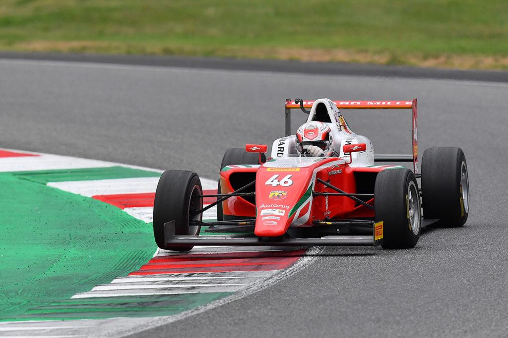 F4 Italia | Mugello, Gara 3: Minì allunga in campionato, Rosso sul podio