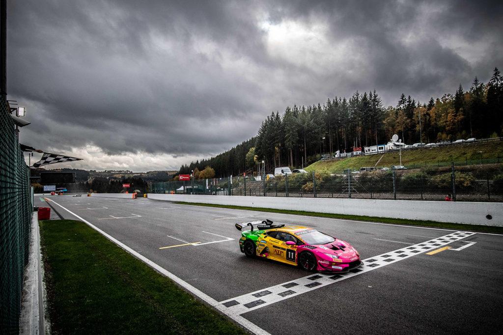 Lamborghini Super Trofeo | Gilardoni vince Gara 1 a Spa-Francorchamps, pauroso incidente in Gara 2 [VIDEO]