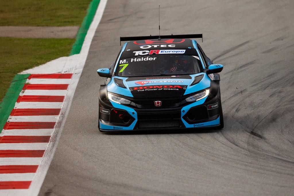 TCR Europe | Barcellona, Gara 1: trionfo di Mike Halder, Lloyd fuori dalla zona punti