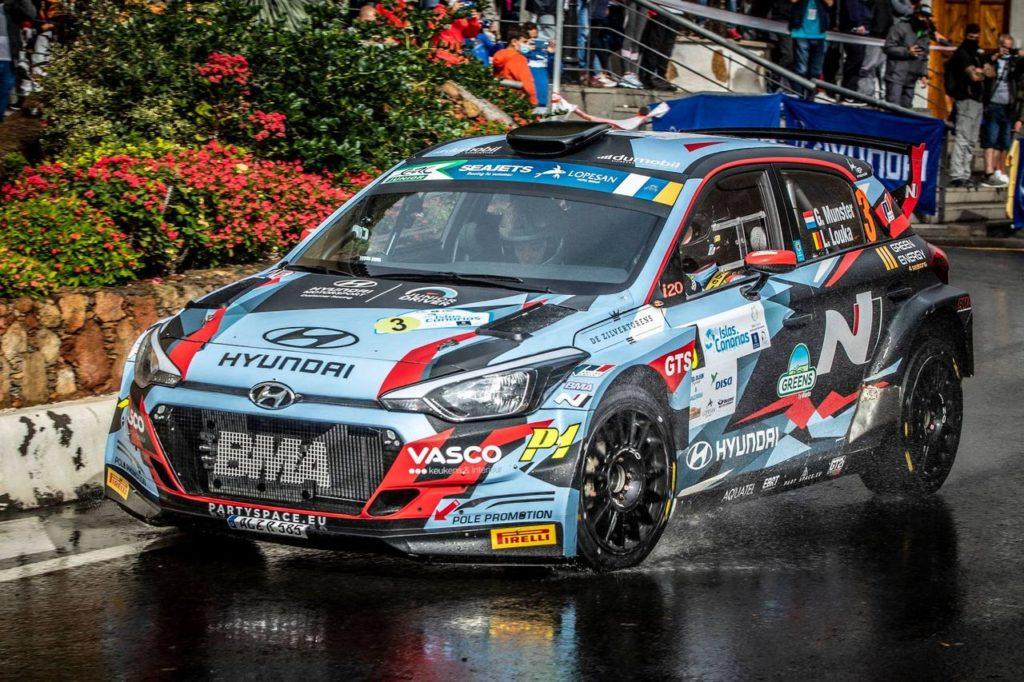 ERC | Rally Isole Canarie, pioggia e asfalti scivolosi condizionano la prima giornata. Giù i favoriti