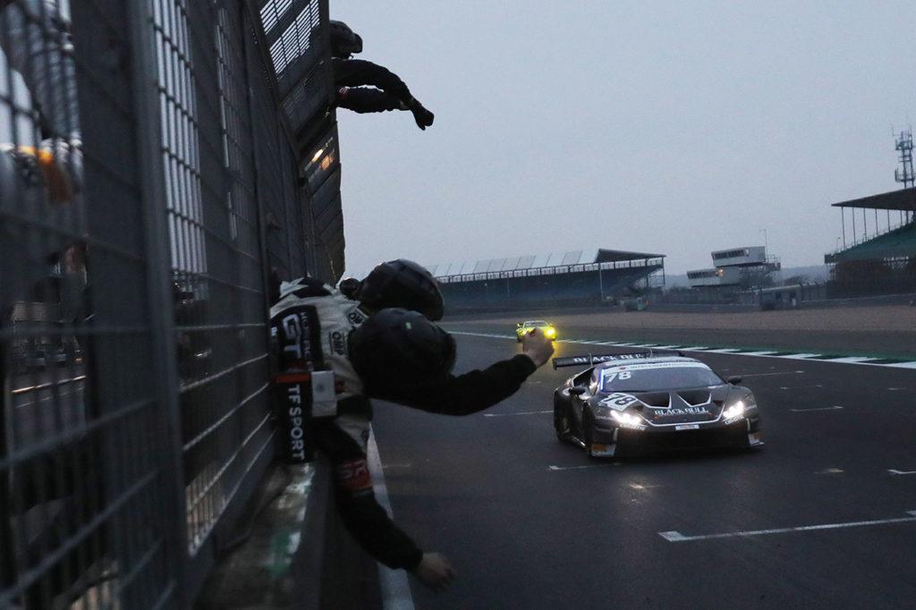 British GT | Lamborghini conquista i titoli con Collard-Mitchell e Barwell Motorsport