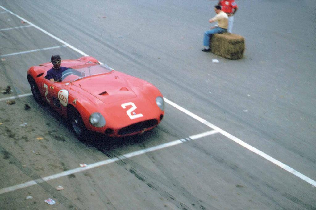 Maserati ricorda il successo al Gran Premio del Venezuela 1955 con la Tipo 300S e Fangio