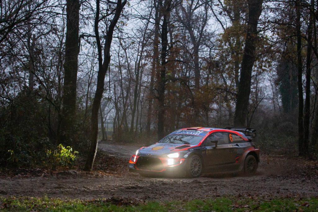 WRC | ACI Rally Monza, prima giornata: Sordo leader, Ogier ed Evans ancora in ballo, Tanak insegue. L'amarezza di Neuville