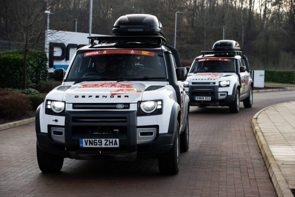 Dakar | Land Rover supporta il team BRX Prodrive con due Defender 110
