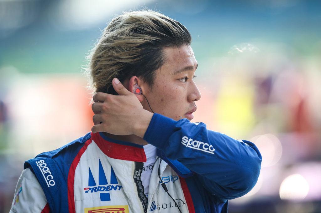 FIA F2 | Sato debutta nei test in Formula 1 con AlphaTauri, Vips presente con Red Bull