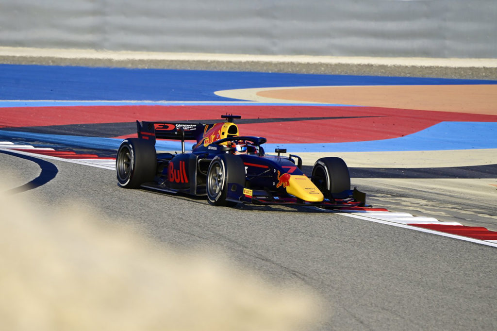 FIA F2 | Sakhir, Gara 1: Tsunoda come un fulmine, Schumacher ipoteca il titolo