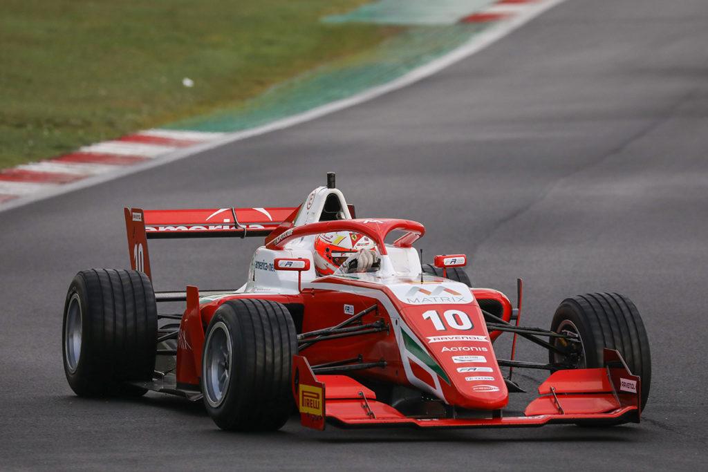 Formula Regional | Vallelunga, Gara 3: Rasmussen vince sul bagnato, Petecof si laurea campione