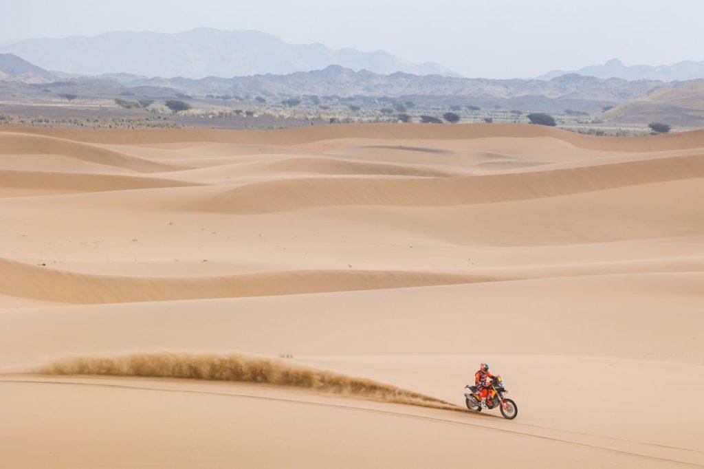 Dakar | Tappa 11 Moto: riscatto KTM con Sunderland, ritiro assurdo per Barreda. Andujar verso il titolo nei Quad