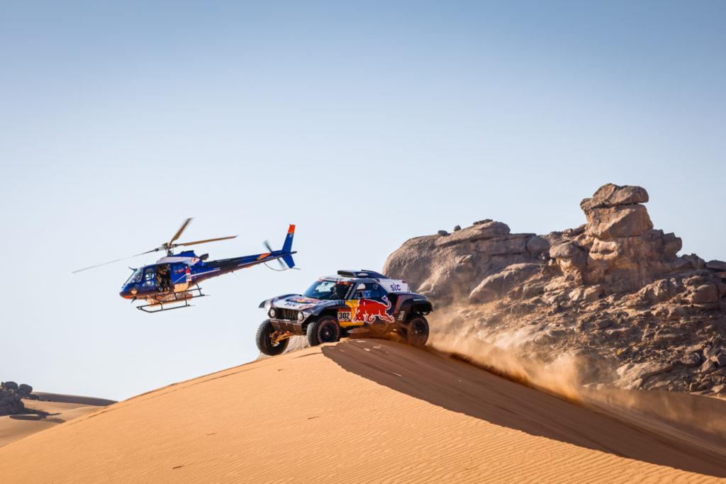 Dakar | Tappa 2 Auto: vince Al Attiyah, ma Peterhansel è il nuovo leader. Risale Loeb