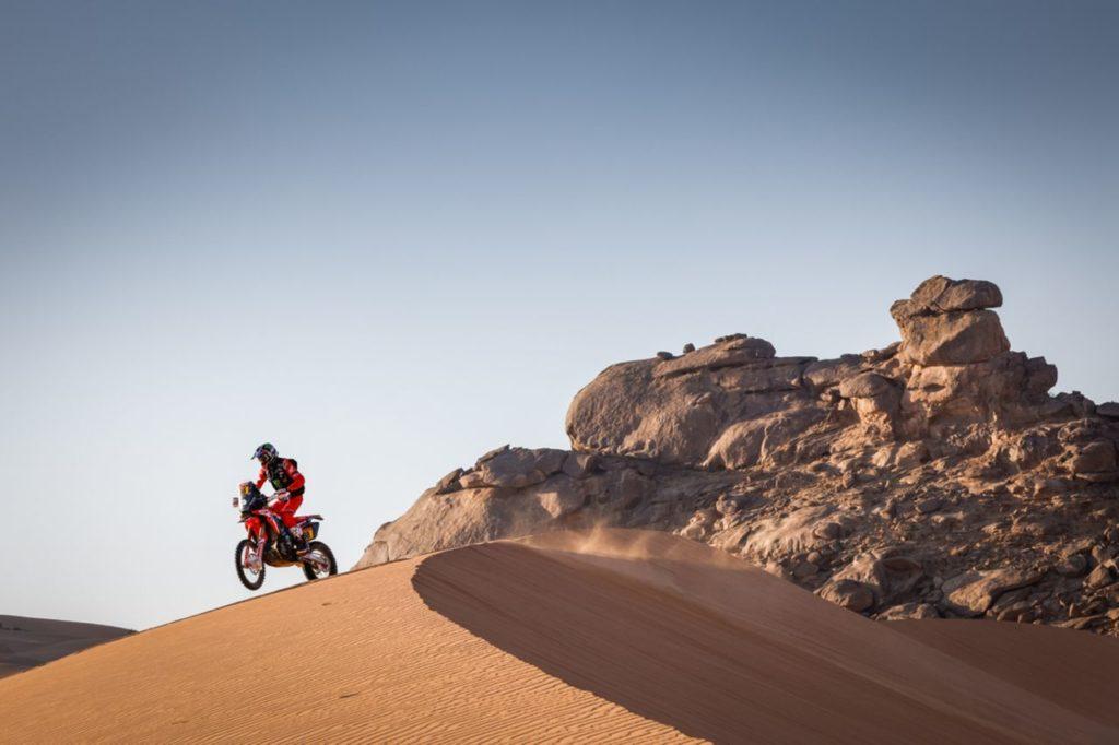 Dakar | Tappa 2 Moto: la rinvincita di Honda con Barreda e Brabec. Sprofondo KTM
