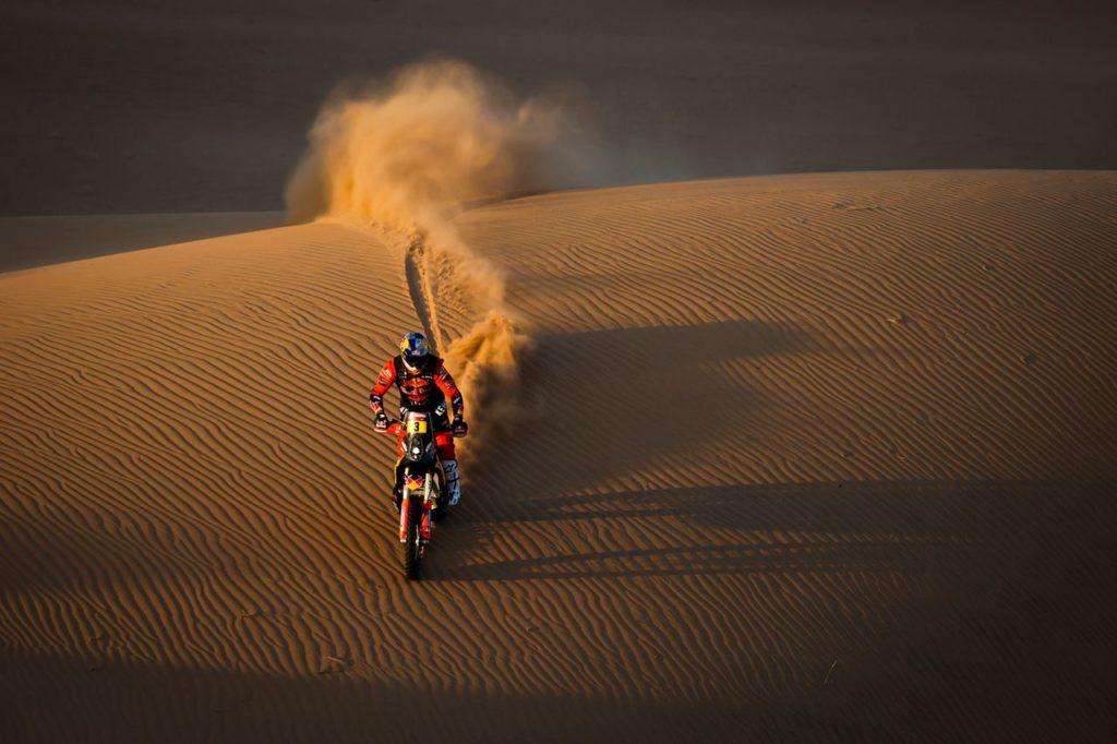 Dakar | Tappa 3 Moto: riecco Price, e KTM si alterna al vertice con Honda. Ma a sorpresa Howes diventa leader in classifica