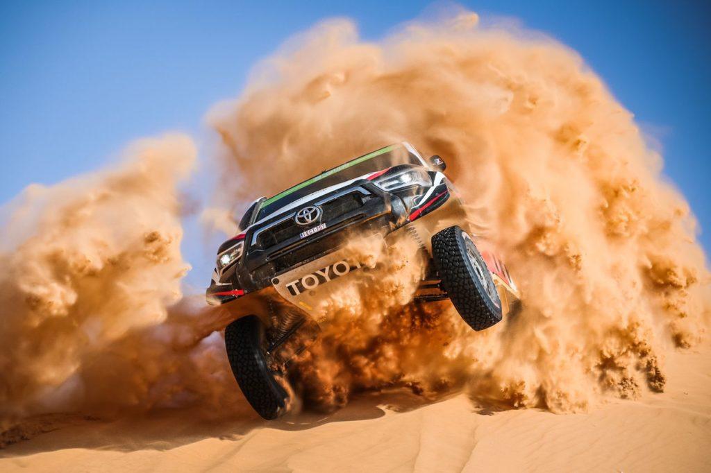 Dakar | Tappa 7 Auto: primo acuto per Al Rajhi, Loeb ancora inguaiato. Peterhansel leader indisturbato