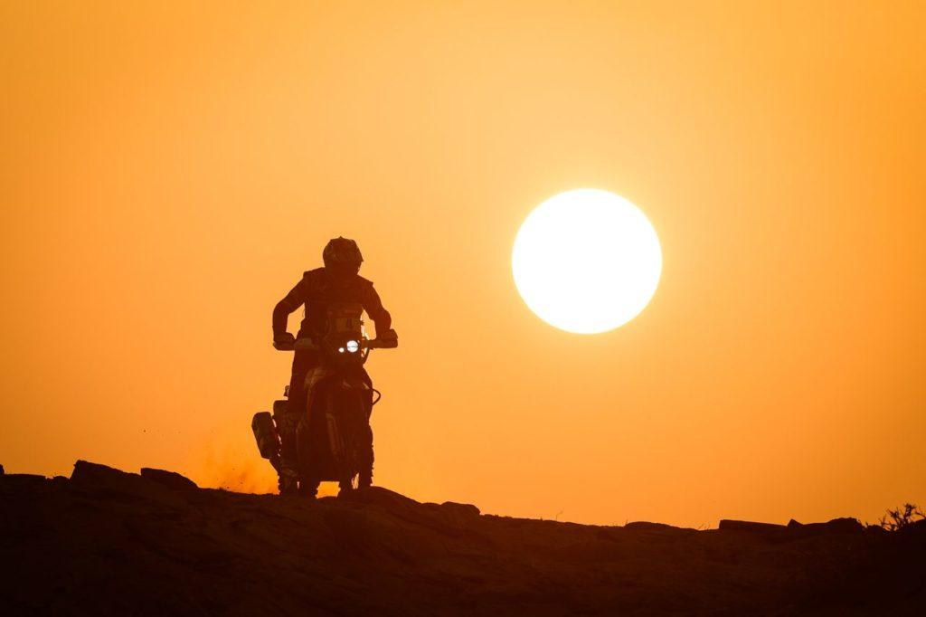 Dakar | Tappa 8 Moto: Cornejo vince e fortifica la sua leadership, ma Price non molla. Nei Quad tre in fuga per la vittoria finale