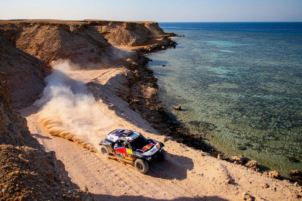 Dakar | Tappa 9 Auto: Peterhansel vince ed è sempre più fuga in classifica. Al Attiyah e Sainz perdono terreno