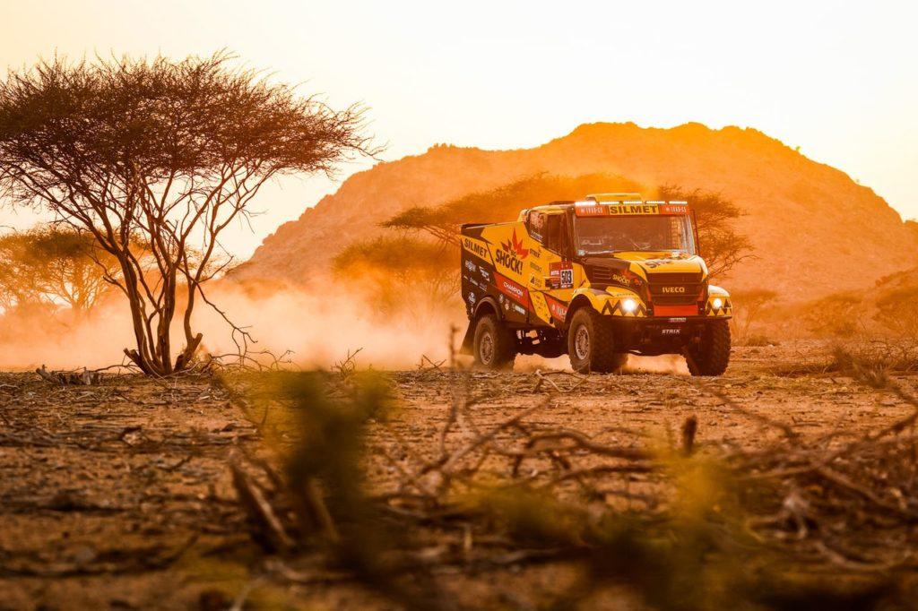 Dakar | Tappa 9 SSV, Quad e Camion: Lopez balza in vetta, disastro Quintero, prima vittoria per Macik