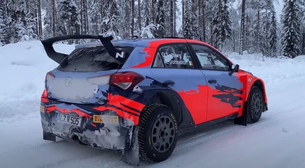 WRC | Primi test 2021: Solberg debutta sulla Hyundai i20 R5, Evans inaugura le sessioni Toyota [VIDEO]
