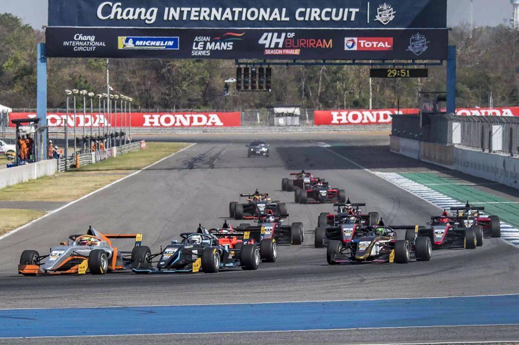 FIA F2 | Due piloti verso la F3 asiatica a caccia dei punti Superlicenza