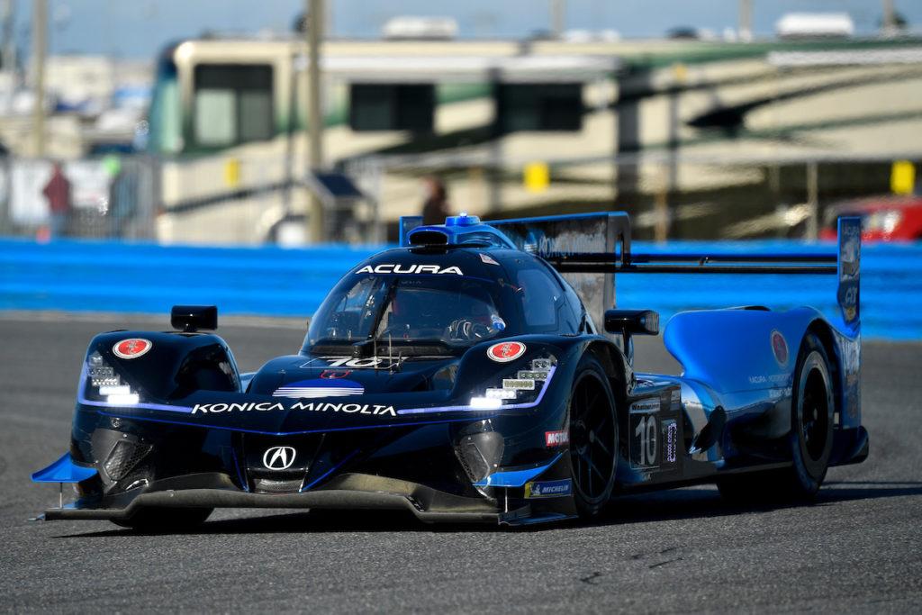 IMSA | 24 Ore di Daytona, 18a ora: WTR e Acura ancora in vetta, problema al cambio per Cetilar