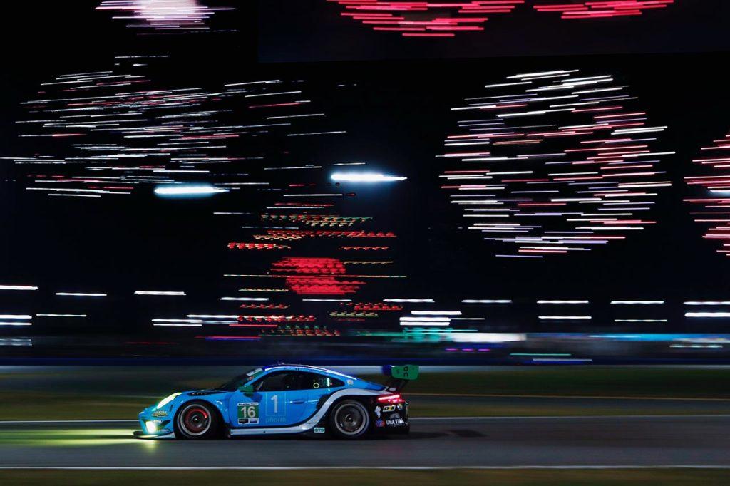 IMSA | Porsche ai piedi del podio alla 24 Ore di Daytona con Wright Motorsports