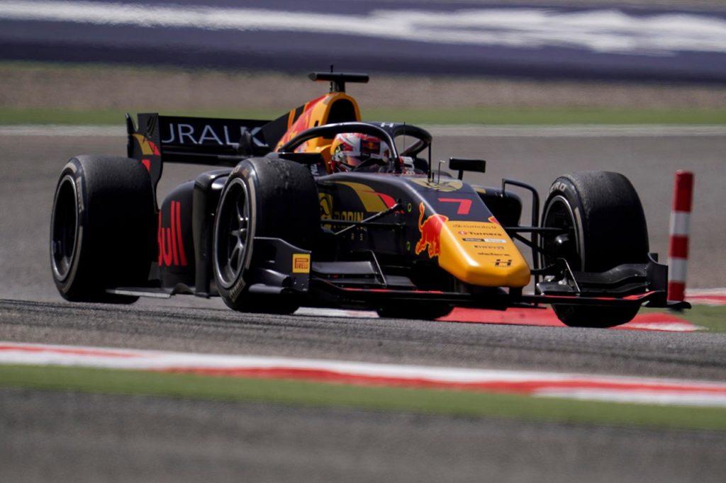 F2   Sakhir, Gara 1: Lawson firma la prima vittoria con Hitech GP