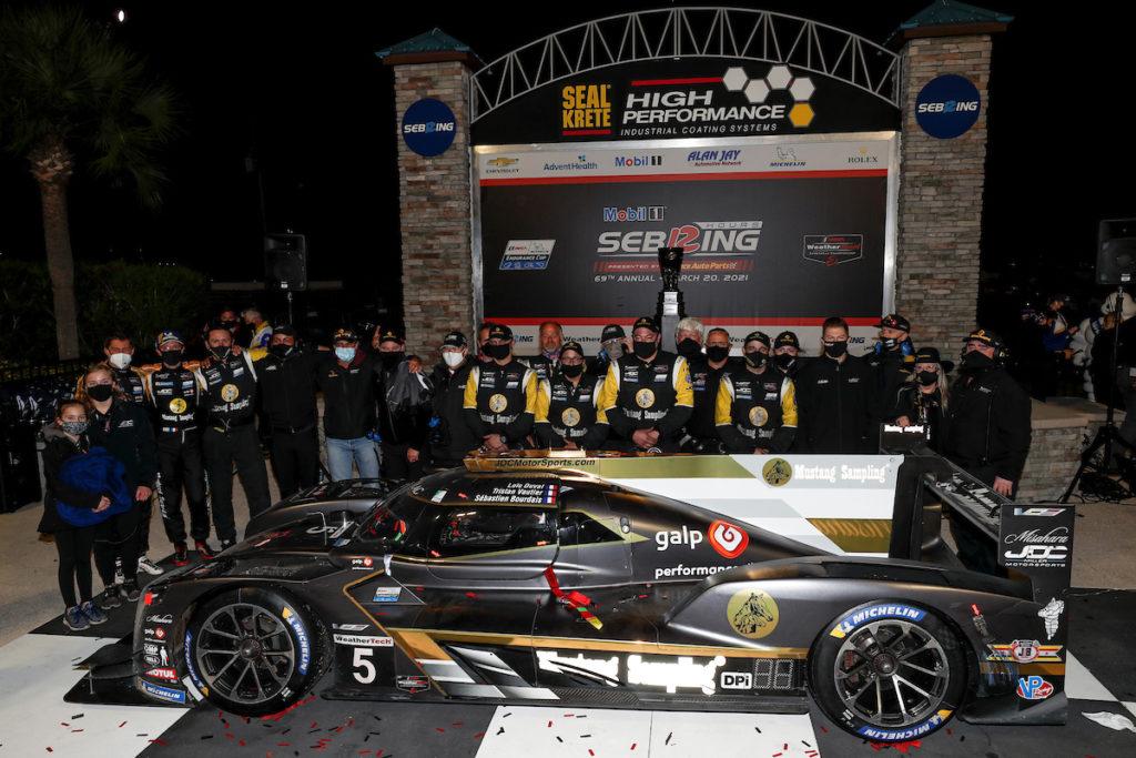 IMSA | 12 Ore di Sebring, Finale: Bourdais resiste e vince con JDC-Miller MotorSports