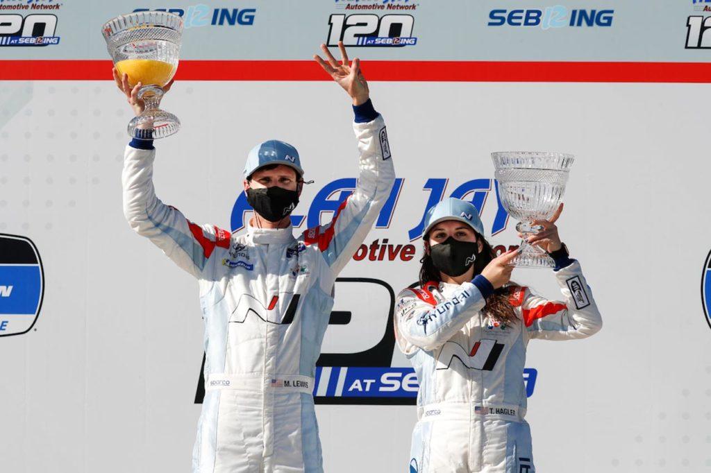 Michelin Pilot Challenge | Hagler e Lewis a podio con Hyundai a Sebring