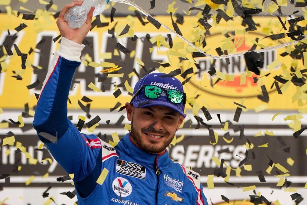 NASCAR | La redenzione di Larson: dalla sospensione alla vittoria a Las Vegas