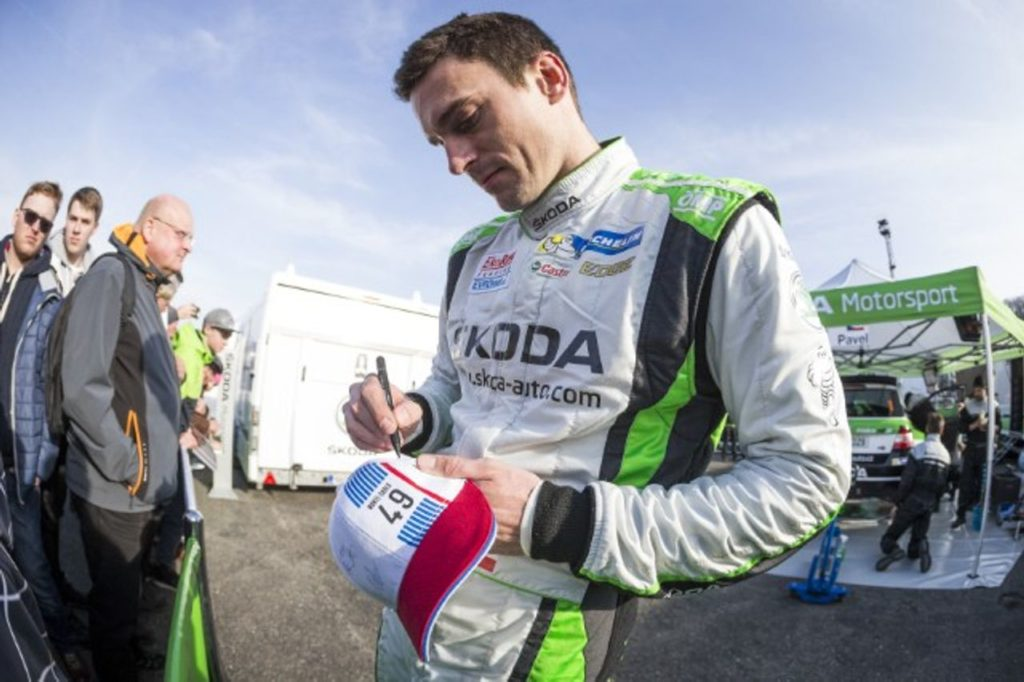 Jan Kopecky in gara nel campionato ungherese con Topp Cars Rally Team