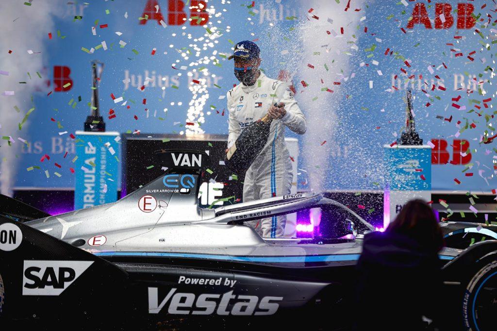 Formula E   Mercedes, dalle stalle alle stelle: la rivincita di Vandoorne a Roma