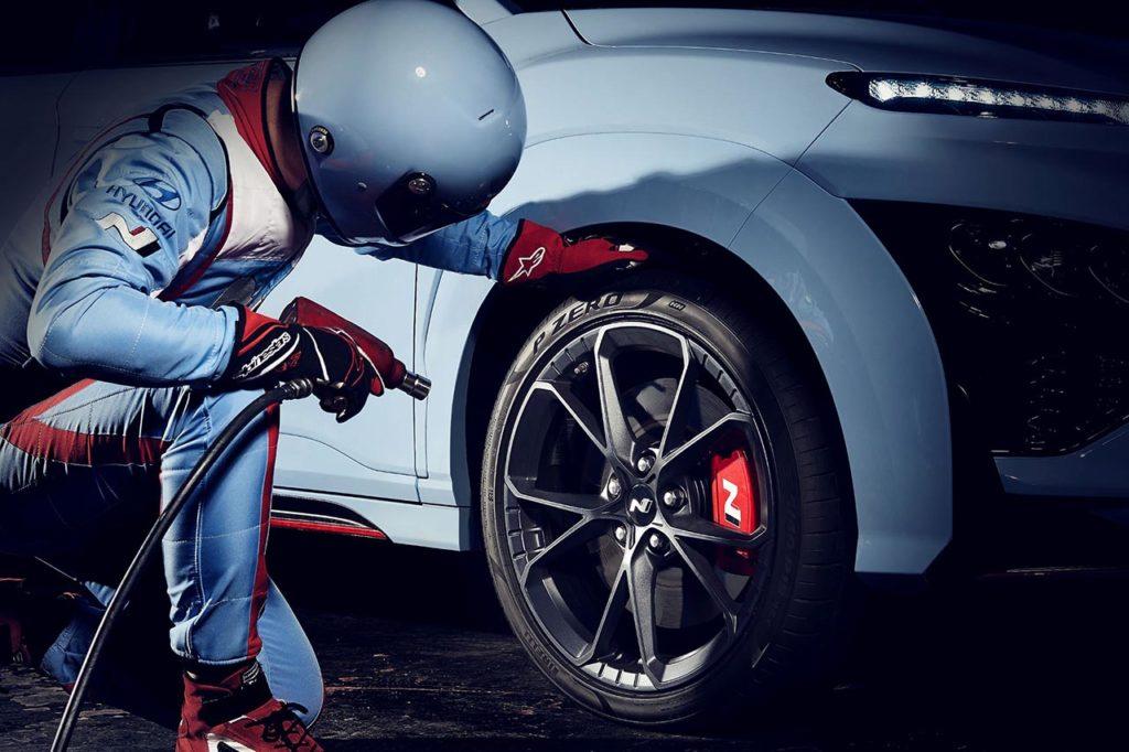 Hyundai Kona N, il nuovo SUV ad alte prestazioni sarà svelato il 27 aprile [VIDEO]