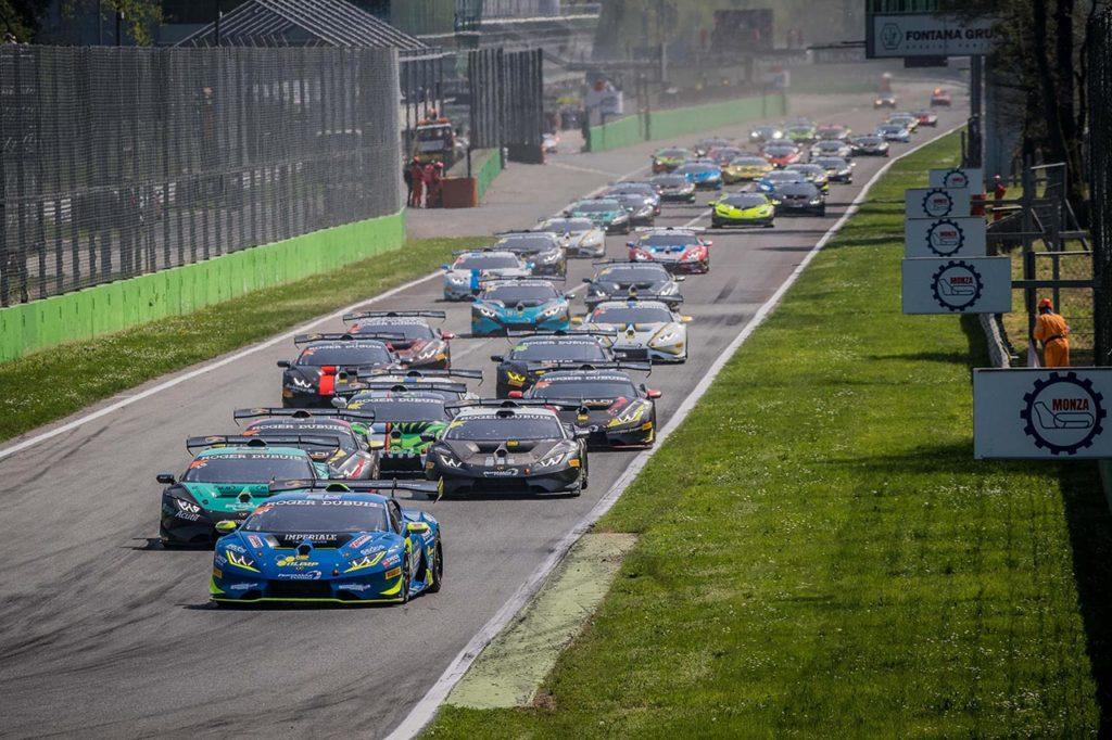 Lamborghini Super Trofeo | Monza accoglie 30 auto per il primo round del 2021