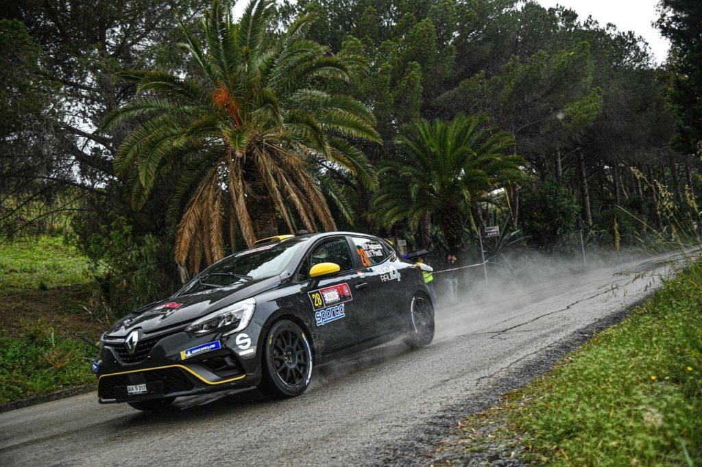 CIR | Come è andato il debutto della Renault Clio Rally4 con Paolo Andreucci