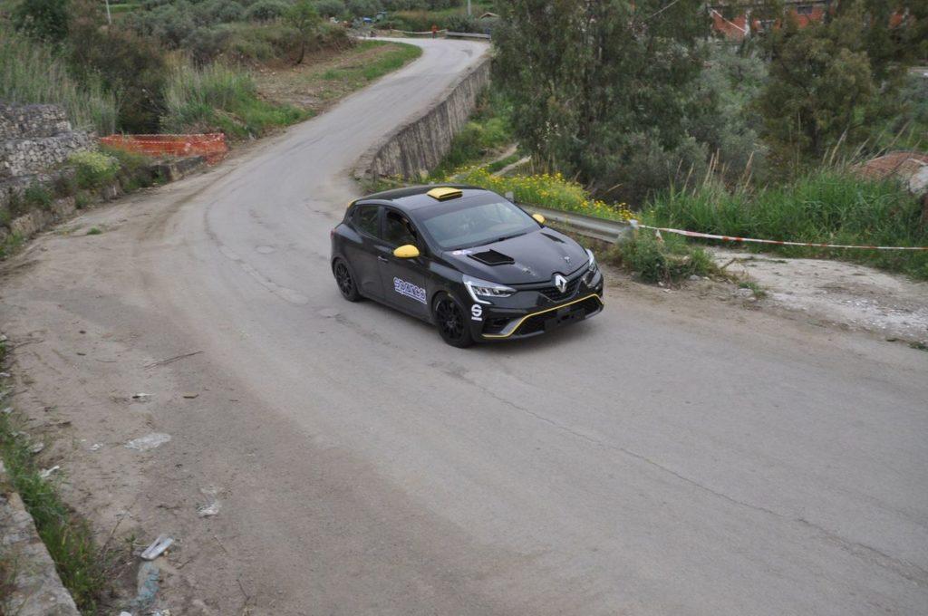 CIR   Targa Florio, primi test con la Renault Clio Rally4 per Paolo Andreucci [VIDEO]
