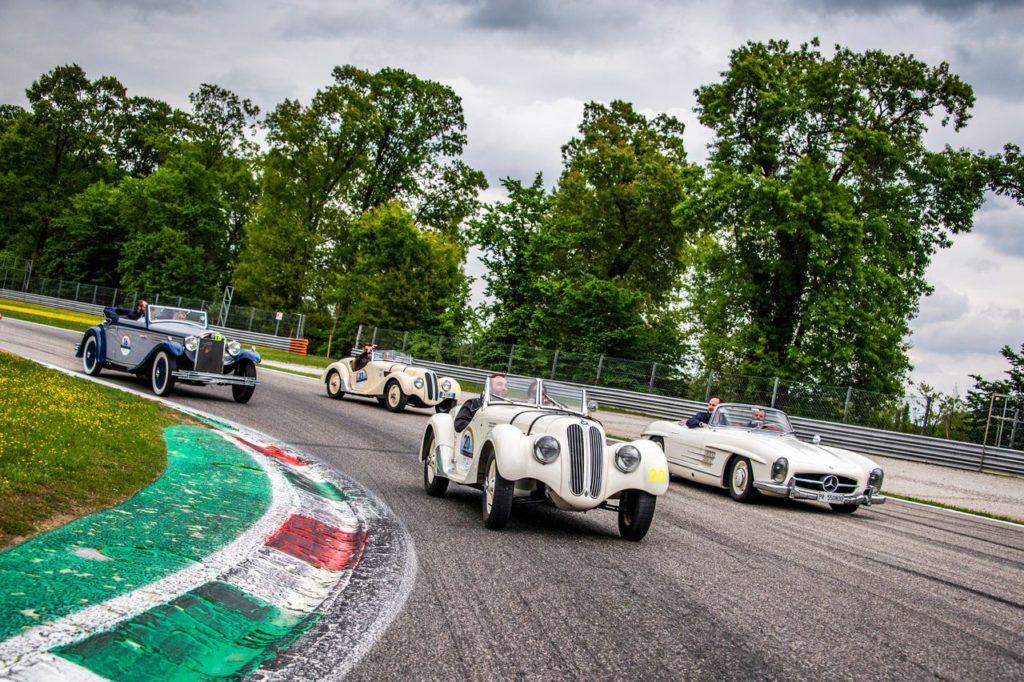 CI Grandi Eventi | Parte la XII Rievocazione Storica della Coppa Milano-Sanremo, in collaborazione con Mercedes