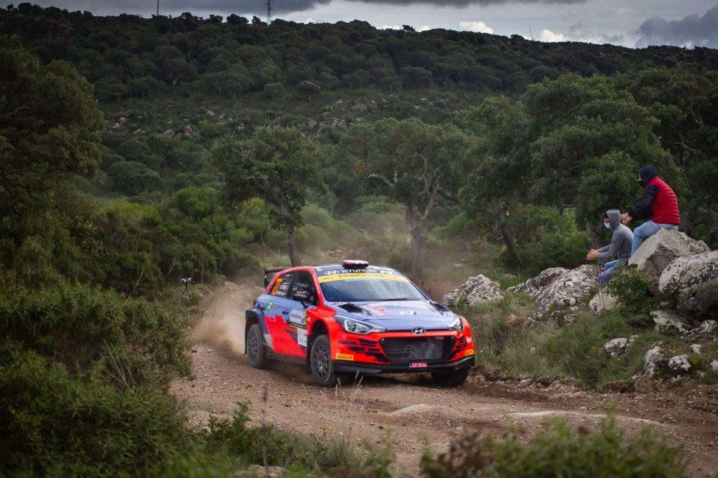 WRC2 | Hyundai schiera per il Rally Italia Sardegna tre i20 R5, con a bordo anche Crugnola