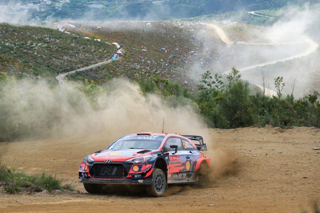 WRC | Rally Portogallo 2021, giro pomeridiano: gli Hyundai sempre in testa, ma non mancano imprevisti