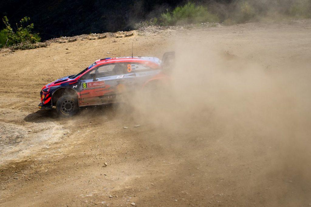 WRC | Rally Portogallo 2021, nella PS7 succede di tutto: vince Ogier, Tanak in testa ma è disfatta Hyundai con Neuville