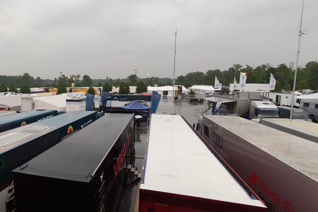 CIGT | Il diluvio investe Monza, Gara 1 cancellata. Programma rivisto per domenica