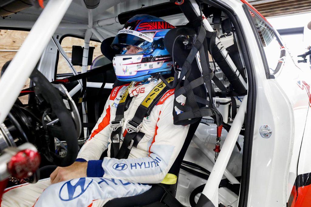 Michelin Pilot Challenge | Wickens torna al volante dopo l'incidente di Pocono con una Hyundai