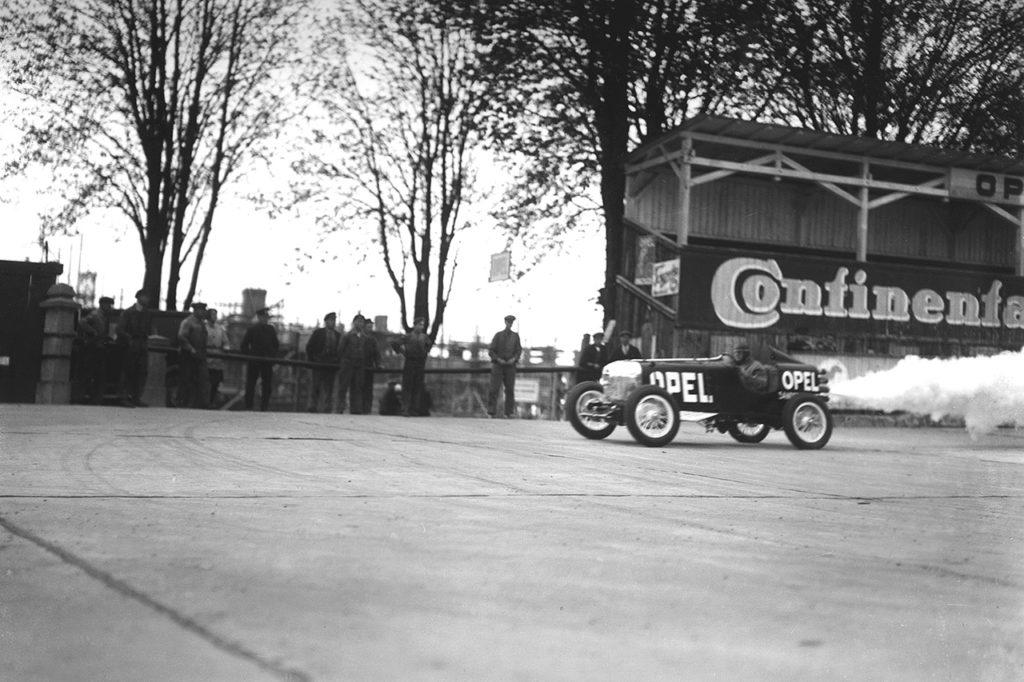 Opel Rennbahn, il ricordo della pista tedesca a 100 anni dalla prima gara