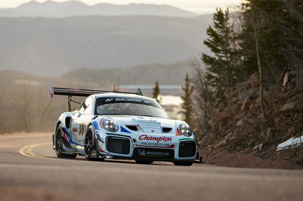Pikes Peak | Champion Racing svela la livrea ufficiale della Porsche di Dumas