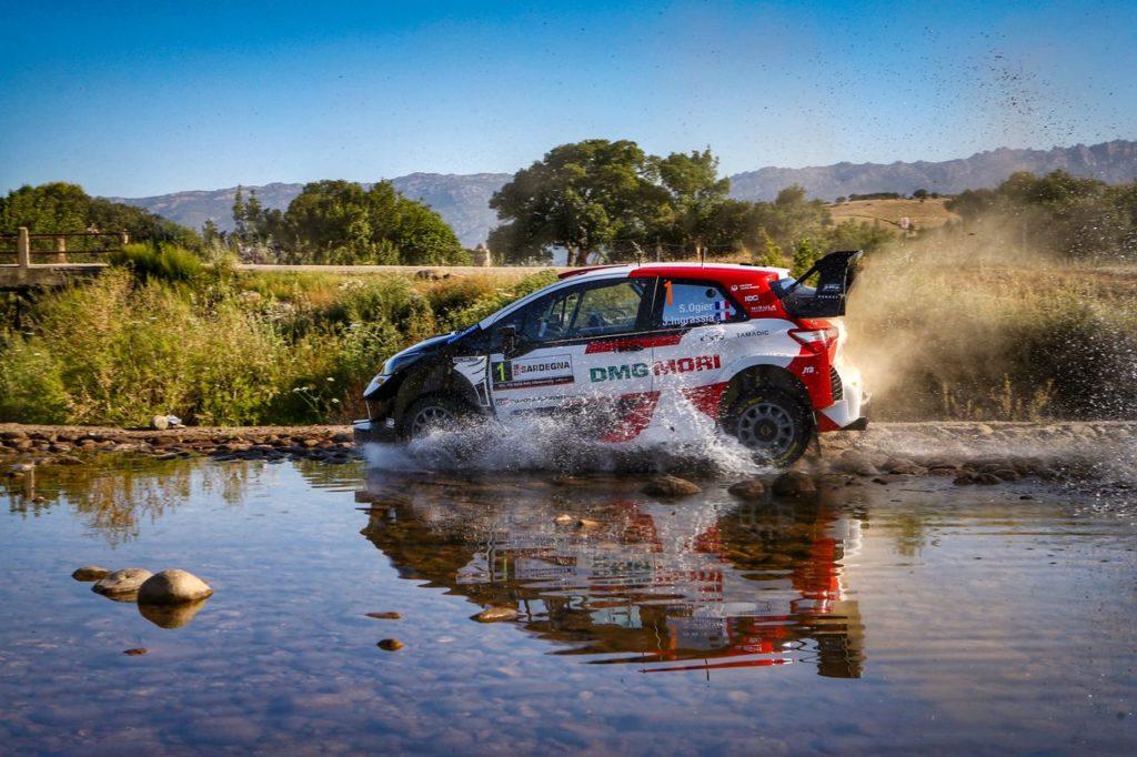 WRC   Rally Italia Sardegna 2021, Ogier leader nella penultima giornata. Dopo Tanak, fuori anche Sordo