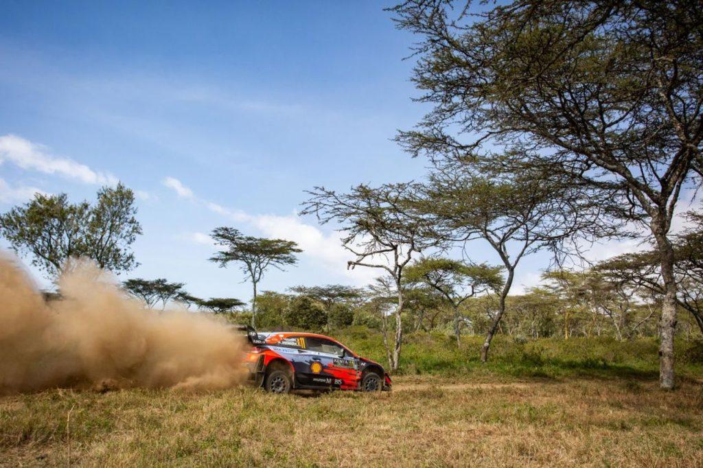 WRC | Safari Rally 2021, primi colpi di scena: Neuville in testa, fuori Evans, Sordo e Solberg